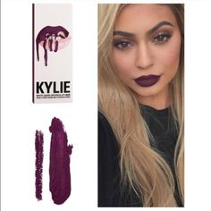 KYLIE LIP KIT IN KOURT K Contains: 1 Matte Liquid Lipstick (0.11 fl oz./oz. liq / 3.25 ml) and 1 Pencil Lip Liner (net wt./ poids net  .03 oz/ 1.0g) Comes in original unopened box. Newest shade! Just ordered today reasonable offers accepted ✅ Kylie Makeup Lipstick