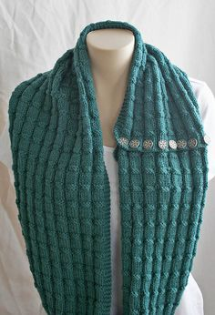 Free Pattern: Spruce Cowl by Monique Gascon