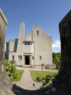 Hill House, Helensburgh Scotland (1902-04) | Charles Rennie Mackintosh | © The National Trust for Scotland