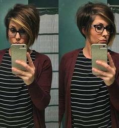 Trendy Short Haircuts for Women Over 40 - kurzhaarfrisuren Love Hair, Great Hair, Asymmetrical Bob Short, Asymetrical Short Hair, Short Asymmetrical Hairstyles, Short Stacked Hair, Inverted Bob, Short Wavy, Short Blonde