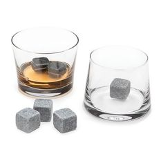 The Whisky Lover Set. Chill your small-volume drinks without diluting the balance of your finest whiskey.