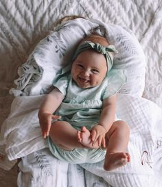 So Cute Baby, Baby Kind, Cute Kids, Cute Baby Pictures, Baby Photos, Baby Boys, Minimalist Baby, Trendy Baby, Funny Babies