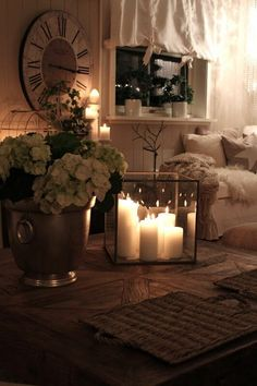 25 Great Tips for an Extra Stylish and Cozy Living Room - Candles - Ideas of Candles - Check out these cozy living room ideas and design schemes for tiny spaces. From cosy options to modern looks take a look at the best cozy living room. Cozy Living Rooms, Living Room Decor, Living Room Candles, Romantic Candles, Cosy Bedroom Romantic, Romantic Home Decor, Coffee Candle, Decorating Coffee Tables, Glass Candle