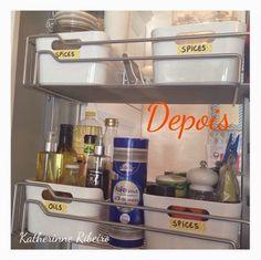 Katherinne Ribeiro: Organizando armário na cozinha