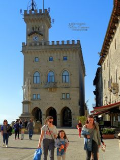 Palazzo Pubblico (Town Hall), Piazza della Liberta, San Marino city, Republic of San Marino, Nikon CoolpixB700, 9mm, 1/800s, ISO100, f/4, Nikon HDR photography, 201904191708 #SanMarino City Of San Marino, Hdr Photography, Town Hall, Halle, San Francisco Ferry, Nikon, Building, Travel, Viajes