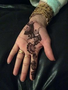 Came out better than expected #Mehndi