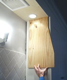 how to build a range hood Custom Wood Furniture, Diy Furniture, Furniture Design, Kitchen Redo, Kitchen Remodel, Kitchen Ideas, Kitchen Renovations, Kitchen Designs, Kitchen Cabinets