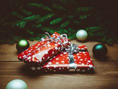 Handy Last Minute Gift Guides
