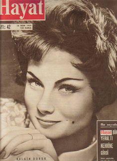 belgin doruk 1959 Old Pictures, Old Photos, Celebrity Singers, Artists And Models, Old Actress, Vintage Magazines, Turkish Actors, Actors & Actresses, Nostalgia