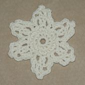 Ravelry: Easy Snowflake pattern by Amy Solovay