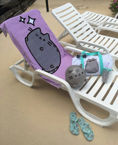 Summer Pusheen