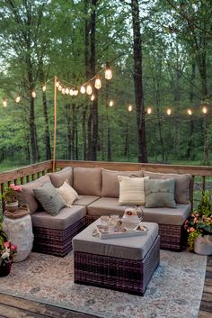 25 Cozy Patio Seating Ideas to Enhance Your Outdoor Space - Dekoration Ideen Cozy Patio, Backyard Patio, Outdoor Patios, Outdoor Lounge, Outdoor Ideas, Backyard Landscaping, Backyard Ideas, Backyard Deck Designs, Small Deck Designs