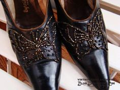 1890s-victorian-edwardian-black-leather-pumps-beaded-butterfly-design-size-6-620x465