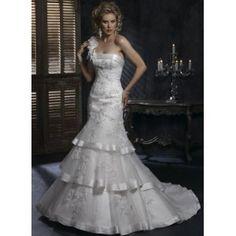 cette robe de mariée EST BON