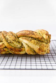 Parmesan Pesto Bread