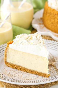 Eggnog Cheesecake - perfect cheesecake for the holidays! This easy Eggnog Cheesecake recipe is thick, creamy and full of eggnog! A perfect dessert recipe for the holidays, it's a delicious way to enjoy one of my favorite drinks of the season. Eggnog Cheesecake, Christmas Cheesecake, Cheesecake Recipes, Dessert Recipes, Eggnog Cake, Best Cheesecake, Eggnog Recipe, Dessert Party, Christmas Desserts