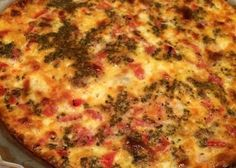 In the mood for a savory egg dish? Spicy Italian sausage and smoky Provolone make a delicious quiche perfect for breakfast or lunch with a big green salad. Italian Quiche Recipe, Italian Sausage Recipes, Gluten Free Quiche, Low Carb Quiche, Sausage Quiche, Sausage And Egg, Vegtable Beef Soup, Quiche Dish, Meat Salad
