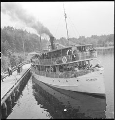 Evakuointilaiva Riistavesi lähtee Lauritsalasta Mikkeliin.  Lauritsala 1944.07.03. SA-kuva.