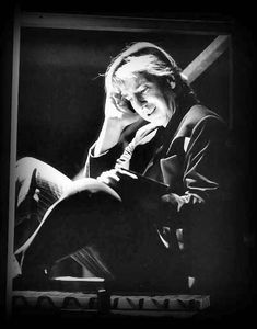 """""""I don't think it's right that everybody knows everything about me.""""  ~ Alan Rickman"""