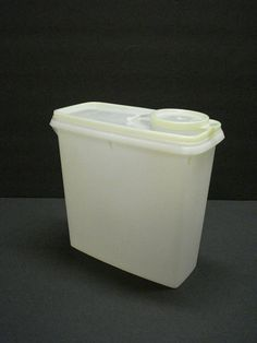 VINTAGE TUPPERWARE 13c cereal Container by AltmodischVintage, $12.00