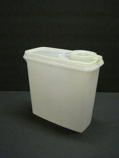 VINTAGE TUPPERWARE 13c cereal Container by AltmodischVintage, $12.00