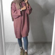 Muslimische Mädchen 17 Trendy fashion winter hijab egypt What Is A Mailfriend? Modern Hijab Fashion, Street Hijab Fashion, Islamic Fashion, Muslim Fashion, Trendy Fashion, Trendy Style, Winter Fashion, Fashion Fashion, Fashion Women