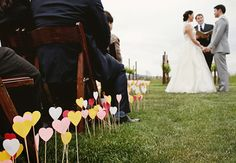 Too cute if we have an outdoor wedding on the grass!