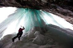 Norwegen: Eisklettern in Eidfjord  (rf) Wer Bergsteigen für zu langweilig hält, kann sich im Eisklettern in Norwegen versuchen. Noch gilt der dortige Eidfjord als Geheimtipp bei Eiskletteren. Doch in den letzten Jahren hat sich der ...  Mehr: http://www.reisefernsehen.com/reise-news/wintersport/387115a295119752a-norwegen-eisklettern-in-eidfjord.php