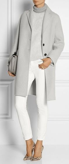 Stylish coat for autumn 2016
