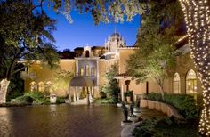 Rosewood Mansion on Turtle Creek (2821 Turtle Creek Boulevard) This beautifully restored historic mansion is located in uptown Dallas, 2 miles from the city centre. It offers an on-site restaurant, a local transfer service, and an outdoor pool. #bestworldhotels #hotel #hotels #travel #us #texas