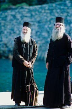 monjes de los montes Athos