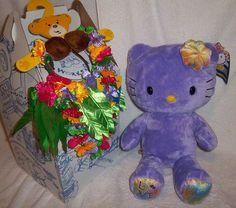 BUILD A BEAR Ed PURPLE Hello Kitty, Grass Skirt Lei Set & Box   eBay