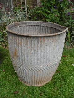 Vintage Original Traditional Large Painted Galvanised Dolly Tub in very good condition. Superb Large Garden Planter Ornament with spout by VintageFoggy on Etsy