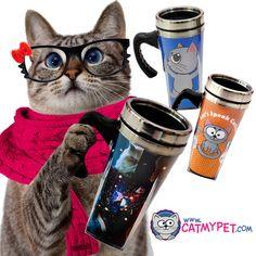O café sempre quentinho na sua caneca térmica com tampa abre-fecha.  Lindas em três modelos confere lá no site  www.catmypet.com/buscar?q=mug