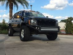 I truly appreciate this colouring scheme for this car Chevrolet Tahoe, Chevrolet Trucks, Chevy Trucks, 2008 Chevy Avalanche, Cadillac Escalade, Chevy Pickups, Mustang Cars, Silverado 1500, Hummer