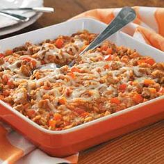 Italian Sausage Rice Casserole Recipe -The key to the distinctive flavor in this casserole is the use of Italian sausage. The nice balance of ingredients gives it an old-fashioned taste and it's just the right amount for two. - May 04 2019 at Italian Sausage Casserole, Sausage Rice, Sausage Soup, Tomato Rice, Tomato Soup, Cooking Recipes, Healthy Recipes, Casserole Recipes, Kochen