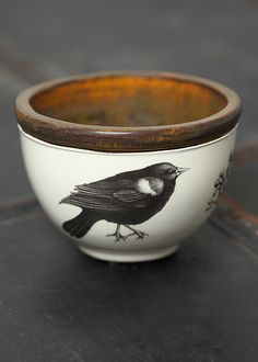 If you are looking for a cheap and creative way to add color and life into your interior, then look no further than ceramic plates. Rather than turning to expensive art pieces and portraits, you ca… Ceramic Plates, Ceramic Pottery, Ceramic Art, Ceramic Design, Egg Cups, Earthenware, Bird Art, Bird Feathers, Wall Decor