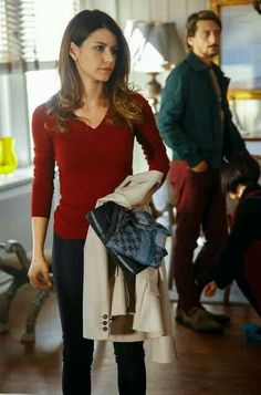 ,,,, Uni Outfits, Fashion Outfits, Look Fashion, Autumn Fashion, Bell Sleeve Top, Dressing, Tunic Tops, Dramas, Actresses