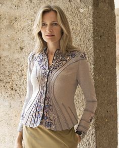 Best Embroidery on Knitwear Idea Embroidery On Clothes, Embroidered Clothes, Lace Knitting, Knit Crochet, Woolen Tops, Edwardian Dress, Wrap Sweater, Sweater Fashion, Cardigans For Women