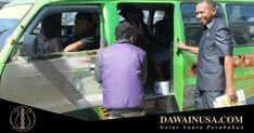 Anggota Dewan Perwakilan Rakyat Daerah Provinsi Nusa Tenggara Timur (DPRD NTT) Dolvianus Kolo dipecat sebagai anggota PDI Perjuangan karena menolak mendukung Marianus Sae sebagai calon gubernur provinsi tersebut