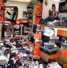 Aah what a Dream o; Sneaker Storage, Chicks In Kicks, Jordans, Nike Shoes Outlet, Shoe Closet, Shoe Game, Shoe Collection, Swagg, Your Shoes