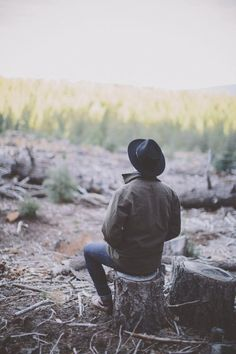 World Camping. Tips, Tricks, And Techniques For The Best Camping Experience. Camping is a great way to bond with family and friends. Camping Hacks, Camping Ideas, Outdoor Camping, Camping Uk, Women Camping, Camping Outdoors, Camping Life, Outdoor Life, Call Of The Wild