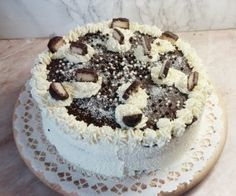 bounty-torta Hungarian Desserts, Hungarian Recipes, Cookie Recipes, Dessert Recipes, Tasty, Yummy Food, Sweet And Salty, Cakes And More, Let Them Eat Cake