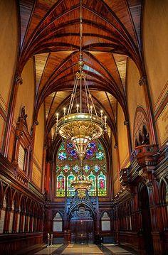 Massachusetts. Cambridge. Harvard University. Memorial Hall. Interior