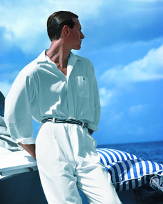 From the dunes of Montauk to the shores of Jamaica and the French Riviera a vas Date Outfit Casual, Date Outfits, Fashion Outfits, 80s Fashion Men, Ralph Lauren Style, Polo Ralph Lauren, Look At The Sky, Herren Outfit, Look Chic