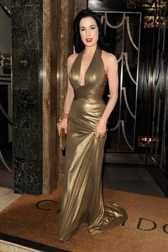 Dita looks stunning in this liquid gold gown by Herve L Leroux. Satin Dresses, Nice Dresses, Sparkly Dresses, Awesome Dresses, Dita Von Teese Style, Dita Von Teese Wedding, Dita Von Tease, Aesthetic Women, Vogue