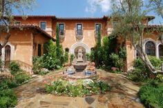 """Villa de la Vina, the TV-set house of """"The Bachelor"""" and """"The Bachelorette"""""""