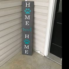 The perfect large front porch sign to welcome guests to your home! Approximately (pictured) Stain: Ebony Lettering: White Paw Print & Sweet: Mint Green ( Hand painted, sealed & protected for the outdoors! Wooden Welcome Signs, Diy Wood Signs, Rustic Wood Signs, Rustic Decor, Farmhouse Decor, Painted Front Porches, Front Porch Signs, Wooden Wedding Guest Book, Guest Book Sign