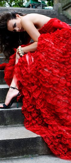 "<3 "" THE FABRIC ""Red Ruffle Gown.    -->Elsie RC"
