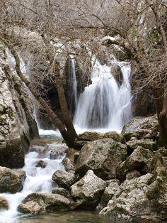 El río Guadalquivir a su paso por la sierra